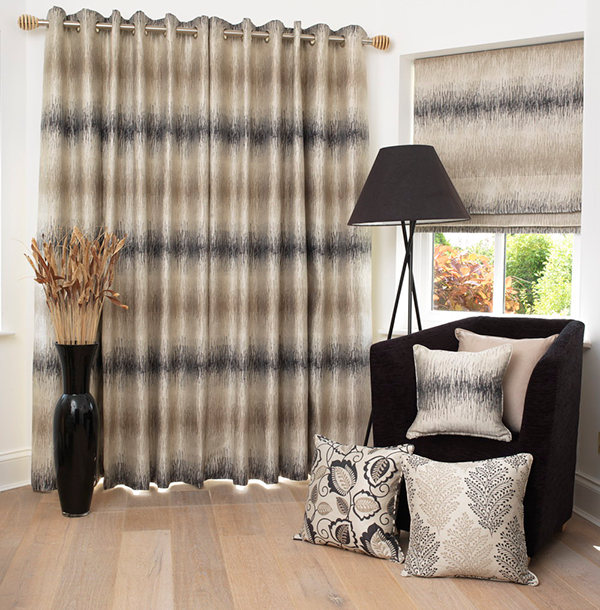 brown curtains and matching blinds